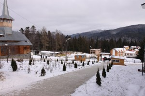 manastirea-caraiman-11