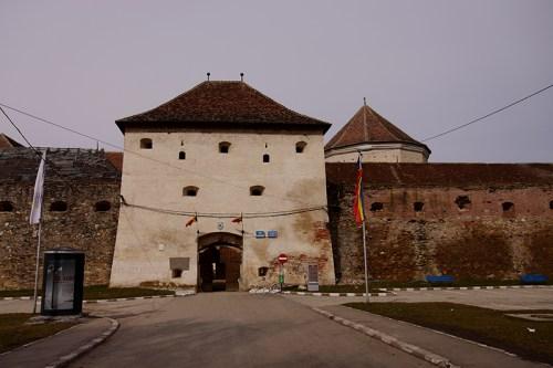 cetatea-fagarasului-01