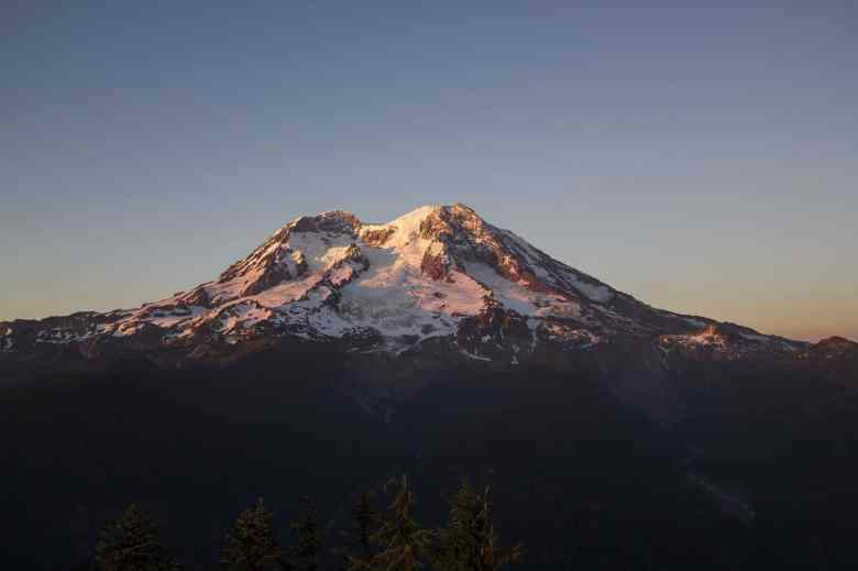 Best National Parks - Mount Rainier National Park
