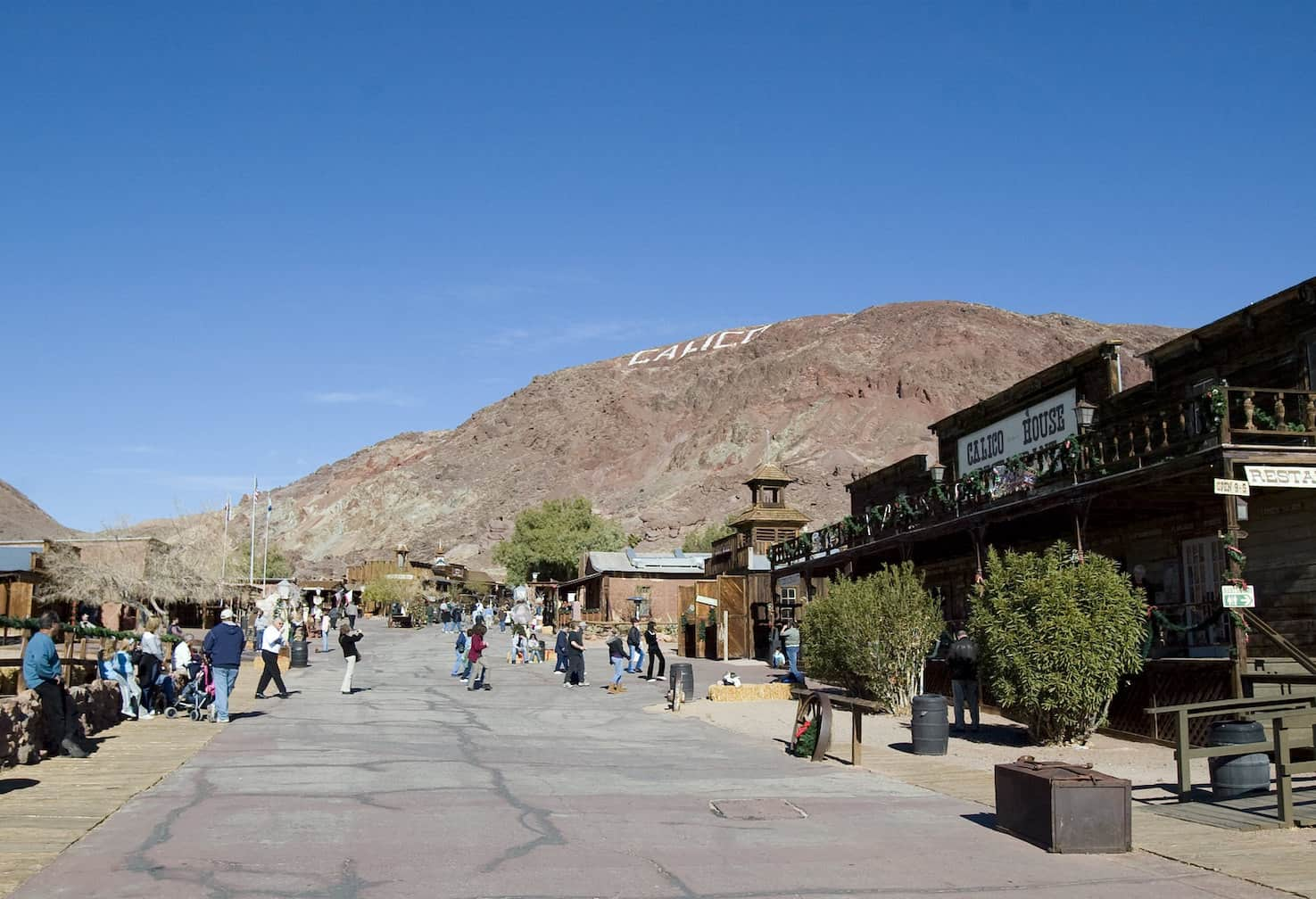 Calico Ghost Town - Lin Mei via Flickr