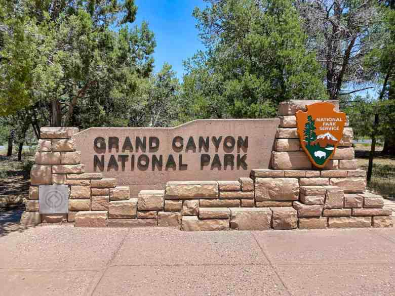 Grand Canyon - Welcome Sign