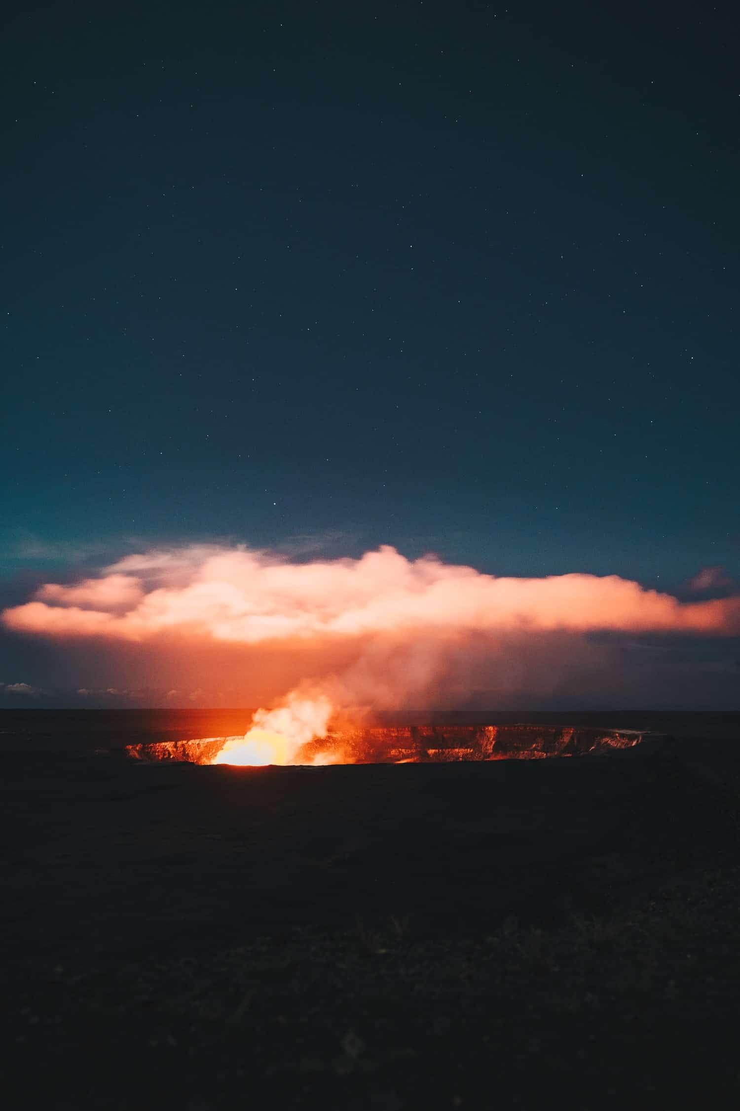 Hawaii Volcanoes Night Sky