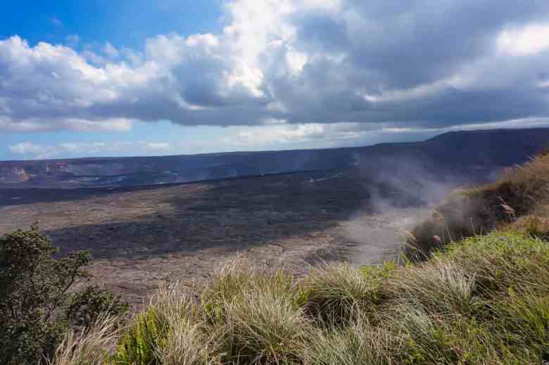 One Day in Hawaii Volcanoes National Park - Kilauea Crater