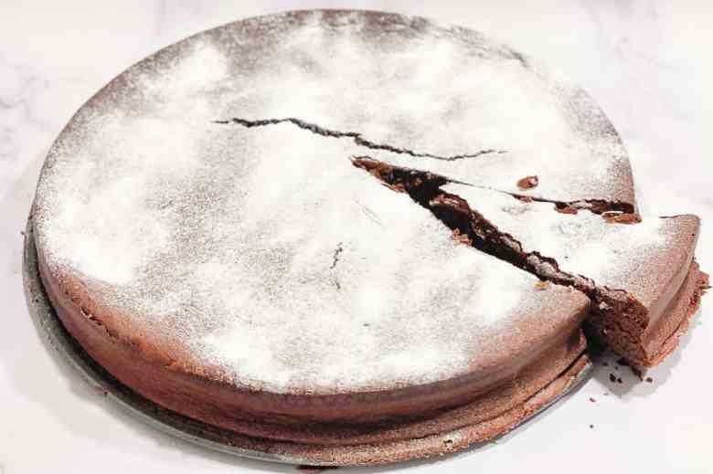 Alaskan Earthquake Cake