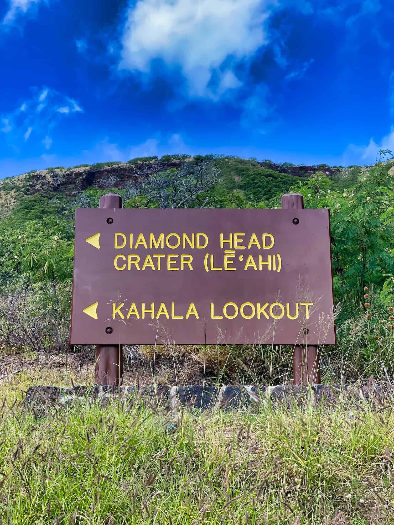 Oahu, Hawaii - Diamond Head Sign