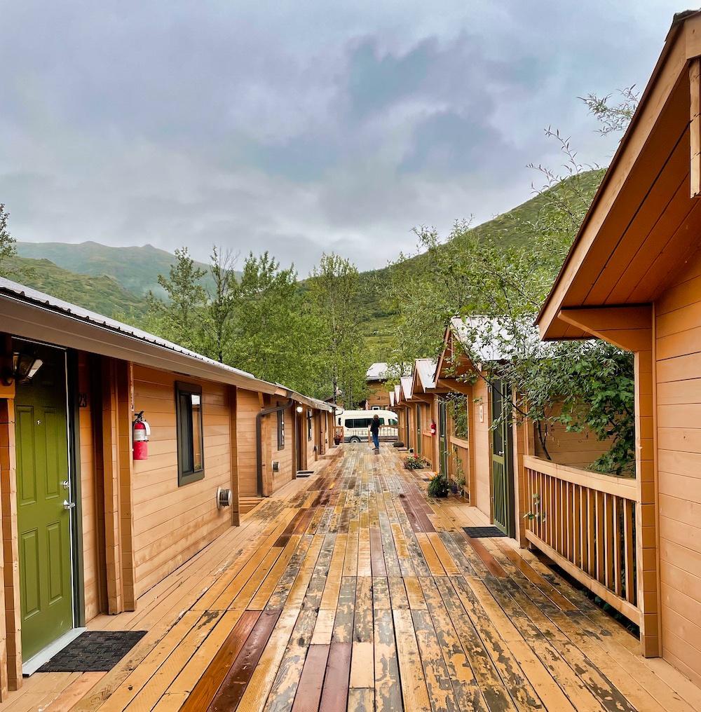 John Hall's Alaska Review - Day 4 - Denali Backcountry Lodge