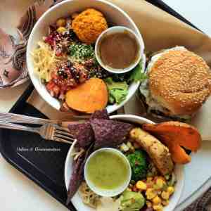 "Healthy vegan ""fast food"" in Montreal"