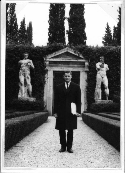 Foto: John Ashbery, Villa Madama, Roma, 1963