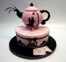 KT1011 - Teapot in Paris