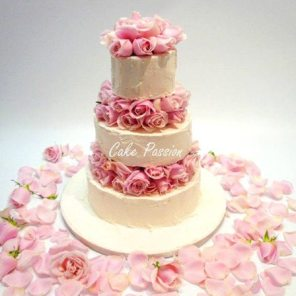 Buttercream and flowers