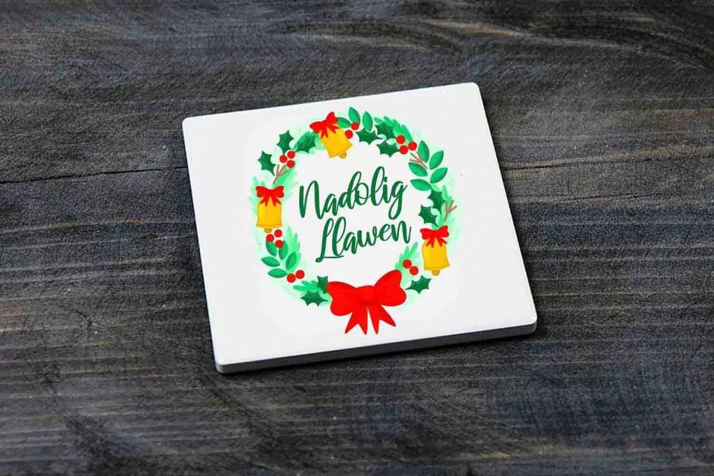 Nadolig Llawen Wreath Christmas Ceramic Coaster