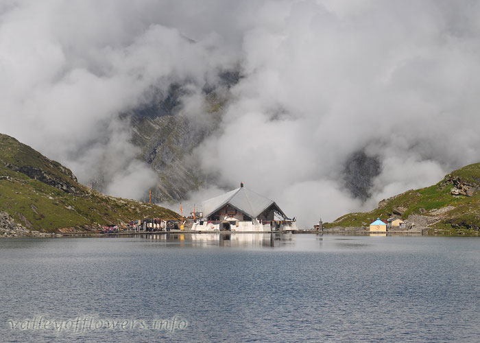 Beautiful view of Hemkund Saheb