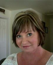 picture of client from Fontana CA who gave a testimonial to real estate agents from Metro Phoenix Homes