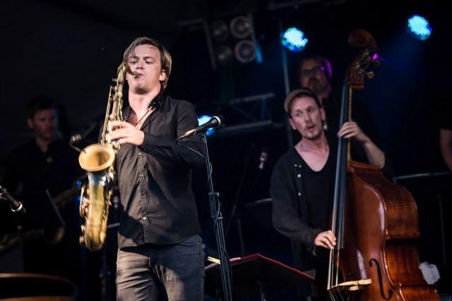 Marius Neset, saksofoni ja Petter Eldh, basso