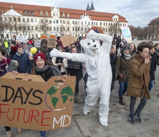 Manifestación-Cambio Climático-Alumnos-UK