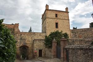 castello-serravalle-borgo