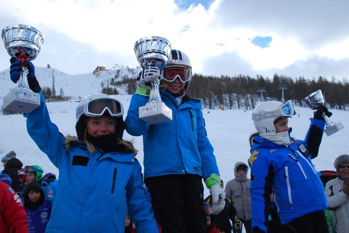 podio_Baby_F_Trofeo_Europ_Assistance_Sestriere_01_02_2015_1