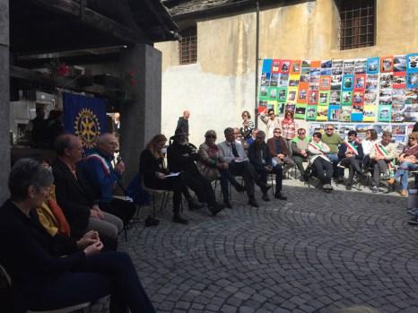 l'intervento del sindaco Castellano