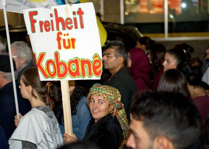 Berna, Bienne e la Germania- i curdi manifestano
