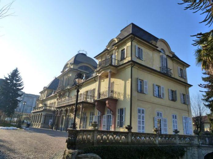 monumenti-di-interesse-pianezza-municipio-villa-leumann