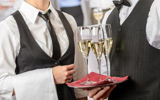 cameriere-ristorante-320x200