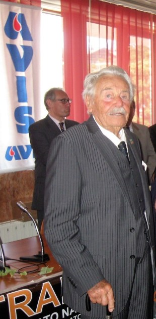 Aldo Perron Cabus alla festa per i 50 anni dell'Avis di Oulx, Sauze d'Oulx e Cesana