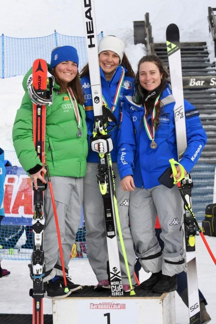 Campionati Italiani Giovani Femminile. Prime tre classificate della Discesa Libera (Foto Gian Spagnolo)I