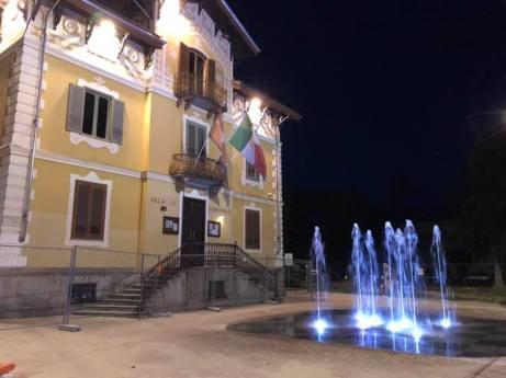 Sant'Ambrogio - Piazza XXV Aprile (01)