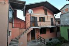 Vendesi Casa Chiusa San Michele (02)