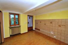 Vendesi Casa Chiusa San Michele (06)