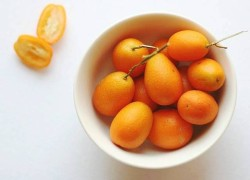 healthy kumquat fruit