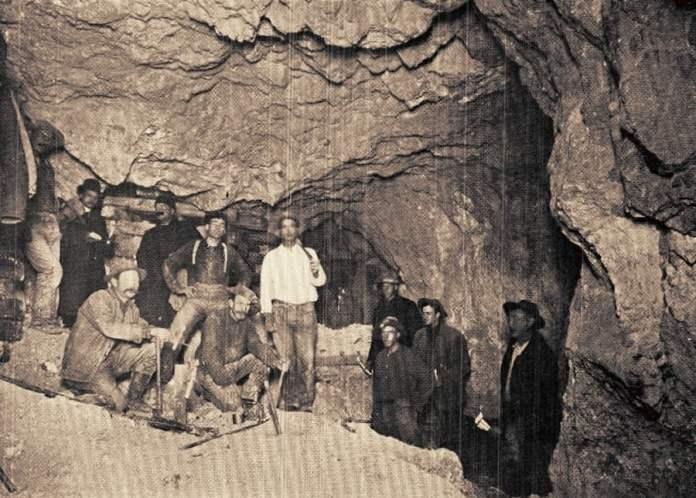 Nevada Mining Rush