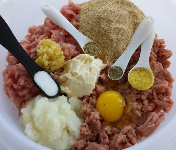 Turkey and Pork Meat Patties (Kotlety) - Котлеты 2