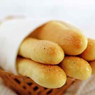 Amazing Breadsticks Recipe