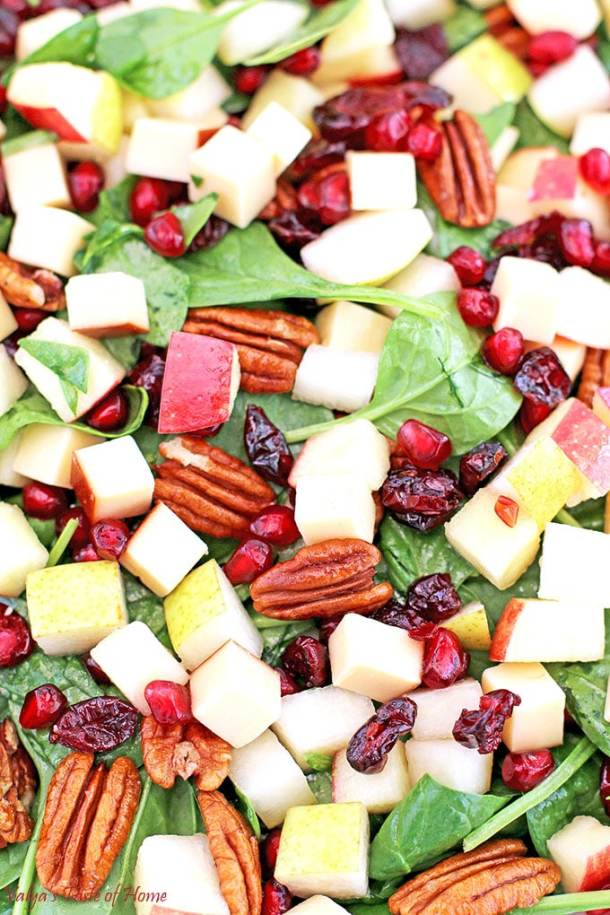 apples, fruit salad, healthy, healthy eating, honey apple cider vinaigrette dressing, olive oil, organic apple cider vinegar, organic spinach, peacans, Pear Apple Pomegranate Pecan Spinach Salad Recipe, pears, Pomegranate, raw honey, salad, smoked Gouda Cheese, so good, tastes delicious. nutritious
