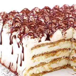 cream cheese, delicious, graham crackers, heavy cream, homebaking, kid approved recipe, light fluffy and creamy frosting, natural toasted marshmallow, no bake dessert, s'mores, S'mores Tiramisu Cake Recipe, summer dessert, tiramisu cake