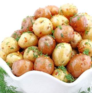 This Garlic Butter Roasted Baby Potatoes with Dill takes approximately thirty minutes to make which makes a perfect side dinner dish, especially during busy days. Kid friendly small in size potatoes coated with garlic butter and sprinkled with fresh dill is not only very attractive but super tasty as well!