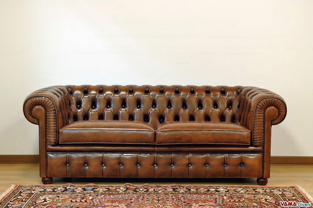 Chesterfield 2 Maxi seater sofa  Two Large cushions