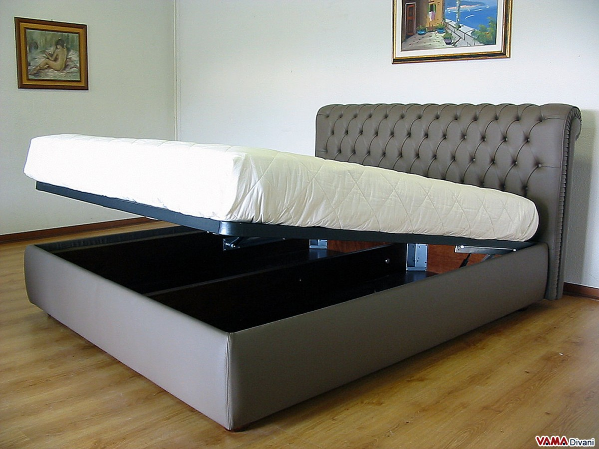 Chesterfield Leather Double bed Create your own custom model