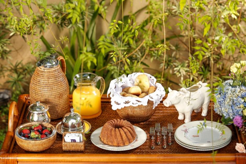 cafe da manha by Cecilia Dale