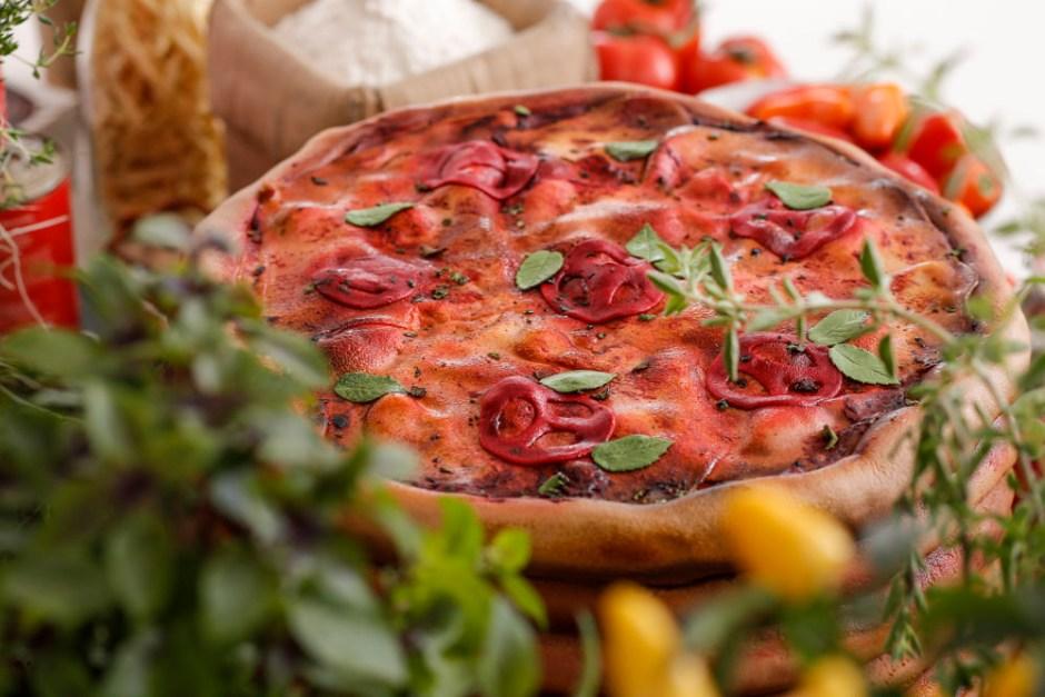bolo em formato de pizza