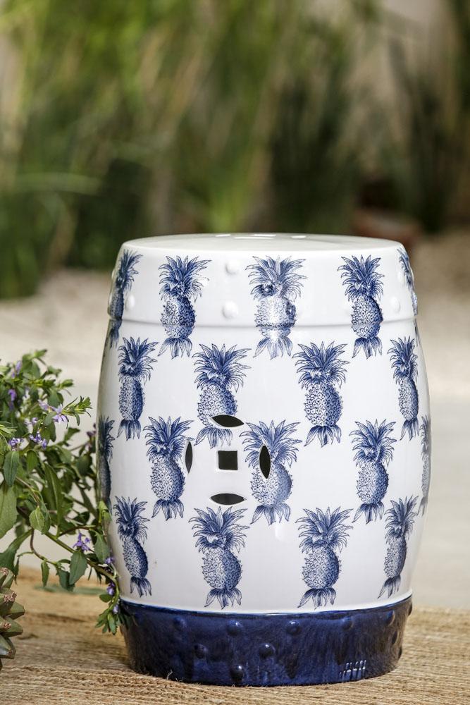 garden seat porcelana azul e branco
