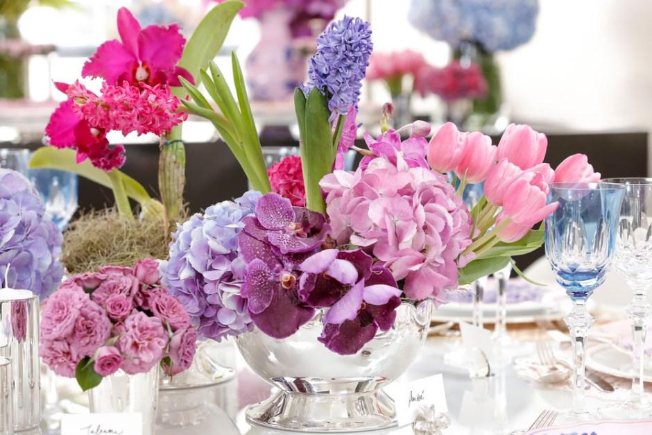 arranjo de flores rosa, lilás