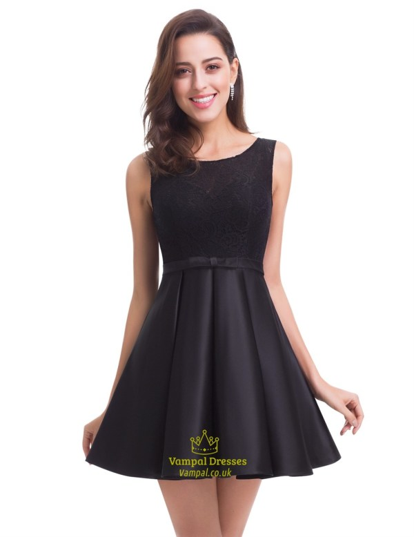 Little Black Sleeveless Knee Length Homecoming Dress With