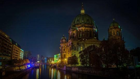 Catedral de Berlin a noite
