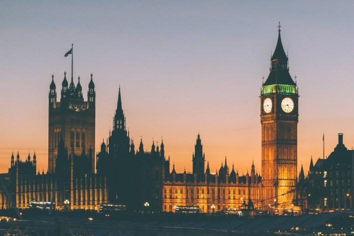 Segnalazione: Kisses on the London Eye