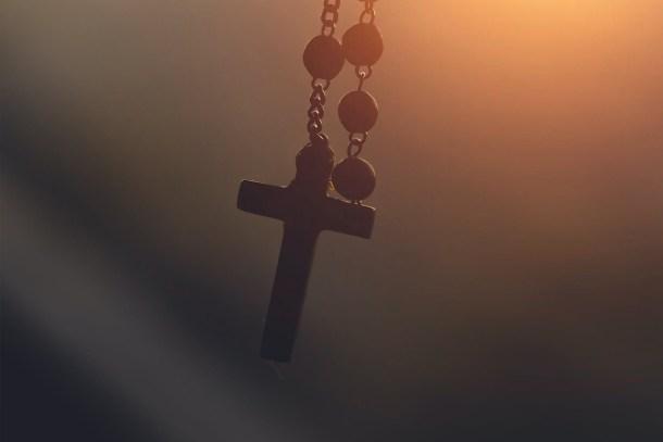 Priest: un prete di Sierra Simone