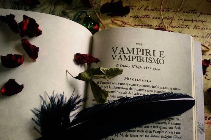 Vampiri e Vampirismo di Dudley Wright