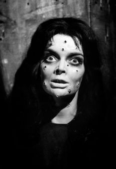 Barbara Steele in La maschera del demonio (1960)