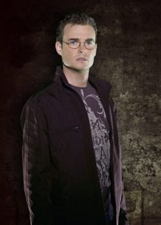 Sanctuary (2008) Robin Dunne as Dr. Will Zimmerman